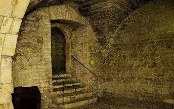 Za pražskými legendami a do podzemí staré…