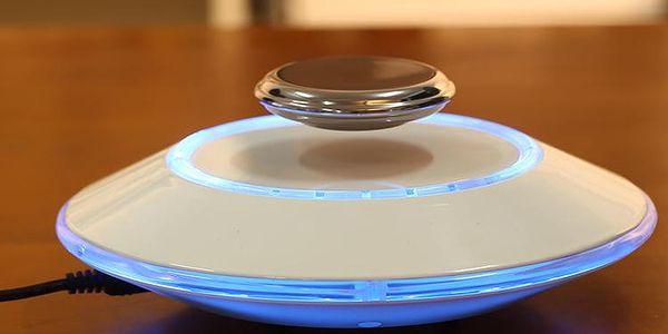 Levitující UFO magnet - originální dárek pro každého