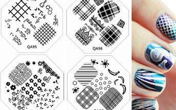 Samolepky na nehty s různými vzory