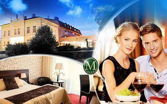 Parkhotel Morris**** Nový Bor na 3 dny pro dva! Polopenze, romantické 3chodové menu a wellness!