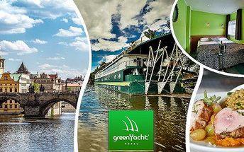 Zážitkový pobyt na 2 dny (1 noc) pro dvě osoby v Praze v romantické kajutě moderního hotelu Green Yacht****! Vyberte si pobyt se snídaní či romantickým balíčkem se sklenkou sektu a tříchodovou večeří! Dopřejte si romantiku v luxusním prostředí a vynikajíc