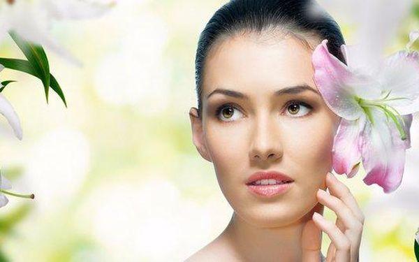 Luxusní kosmetické ošetření 6 v 1 a masáž rukou