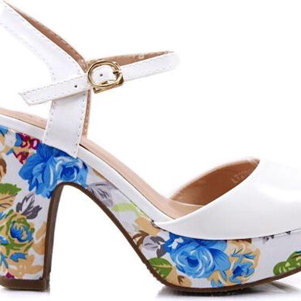 Sandálky na podpatku LT22516WH 37