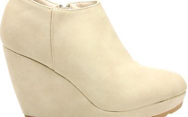 Kotníkové boty na platformě MD7028-3BE Velikost: 40