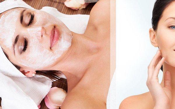 Nechte se hýčkat a zároveň pomozte své pleti k prozáření a vyživení acaiovou a oční maskou.