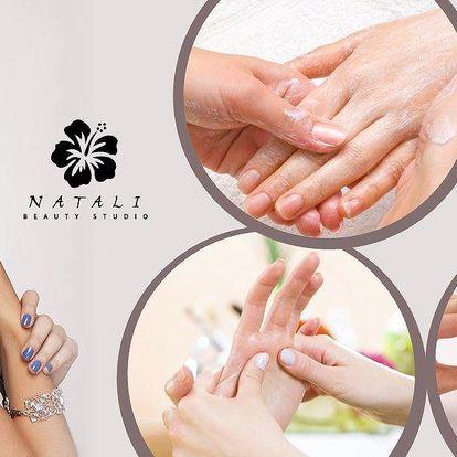 Luxusní manikúra kvalitní kosmetikou včetně peelingu i masáže rukou + aplikace gel laku značky OPI!