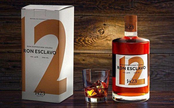 Vynikající 12letý rum Ron Esclavo v krabičce