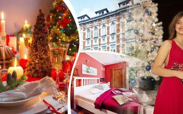 Užijte si Vánoce (24.- 27.12.) v komfortu hotelu Clochard *** - pobyt pro 2 osoby na 4 dny s bohatým programem! Čeká Vás sváteční štědrovečerní menu, živý betlém, vánoční mše, vstup do Vánočního domu, vstup do aquasvěta, do zooparku, na zámek a další!
