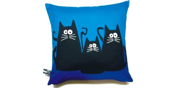 Originální povlak na polštář Gaul s třemi kočkami 40x40 cm v modré barvě, Gaul Design