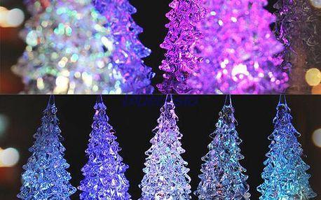 Barevný vánoční LED stromeček