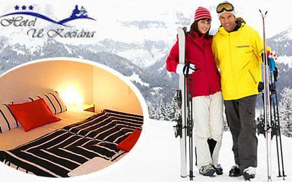 Zimní pobyt pro dva v Hotelu U Kociána s bazénem a polopenzí + dítě do 12 let zdarma