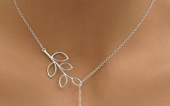 Něžný náhrdelník s lístečkem a ptáčkem