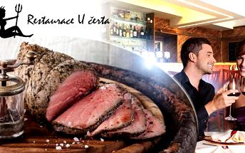 Večeře s lahví vína pro dva! Obložená mísa, polévka, 300g roastbeaf z panenské svíčkové s přílohou U Čerta na Praze 8!