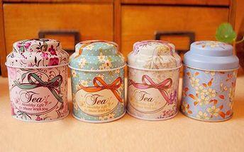 Květovaná dóza na čaj