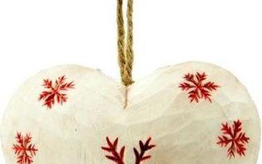 Závěsná dekorace Heart with snowflake in white