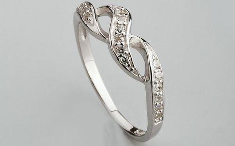 Stříbrný prsten s kubickými zirkony PK052