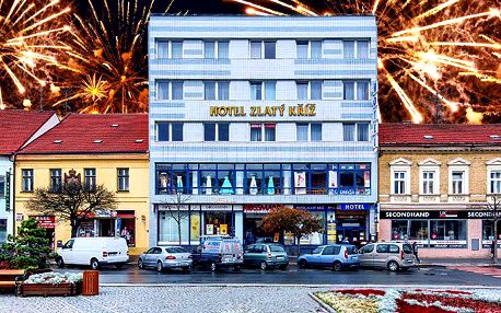 5denní silvestrovský pobyt pro 2 s polopenzí v hotelu Zlatý kříž*** v Třebíči