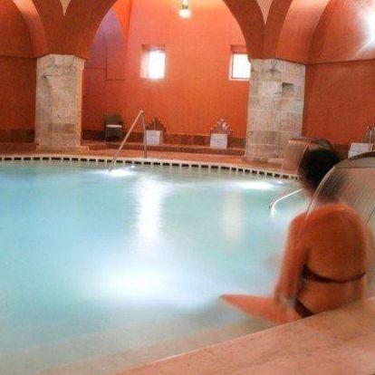 Budapešť se snídaní, bazénem a lázněmi