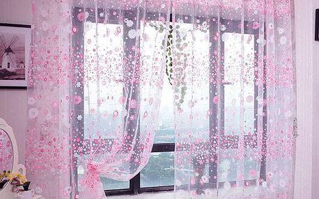 Květovaná záclona - růžová