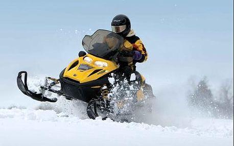 Nezapomenutelné dobrodružství - jízda na sněžném skútru ve Slovenském Rudohoří