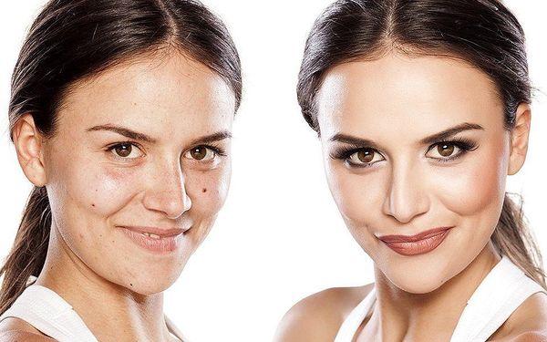 Permanentní make-up linky, kontura rtů, obočí
