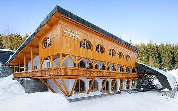3–6denní zimní nebo vánoční wellness pobyt v hotelu Lesana*** ve Špindlu pro 2