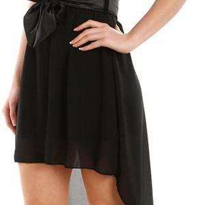 Krásné šaty s delším zadním dílem černá