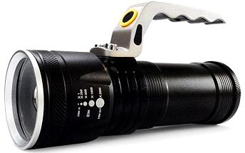Vojenská LED svítilna: vysoký výkon, bytelné provedení - druhý model