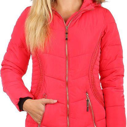 Příjemná a stylově zdobená bunda delšího střihu růžová