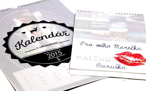 Nástěnný nebo stolní fotokalendář s věnováním