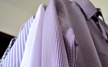Praní a pečlivé ruční žehlení košil