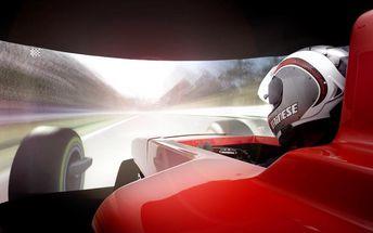 30 minut závodního simulátoru Formule 1 v Praze