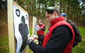60 minut na laserové střelnici pro jednoho v Brně