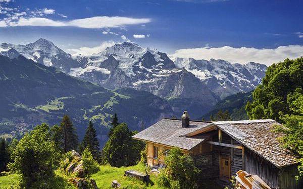 Švýcarské Alpy z panoramatického vlaku!