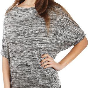 Žíhané tričko lichotící postavě světle šedá