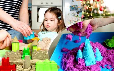 Barevný tekutý písek pro děti od 3 let – 1 kg včetně poštovného! 6 formiček, lopatka a 4 barvy písku!