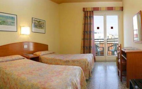 Hotel Golden Sand, Španělsko, Costa Brava, 10 dní, Autobus, Polopenze, Alespoň 3 ★★★, sleva 0 %