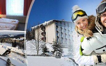 Šumava - Churáňov - ideální zimní dovolená pro celou rodinu! Pobyt pro dva na 3 dny v Hotelu Zadov***+ se snídaní a překrásným výhledem na předhůří centrální Šumavy uprostřed lyžařského areálu Churáňov. Navíc sleva na lyžařskou školu, půjčovnu lyží nebo z
