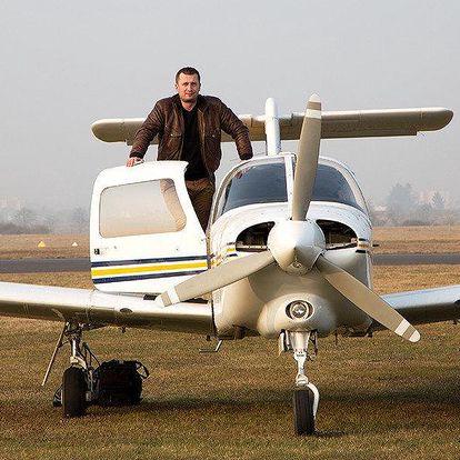 Parádní vyhlídkový let s možností pilotování