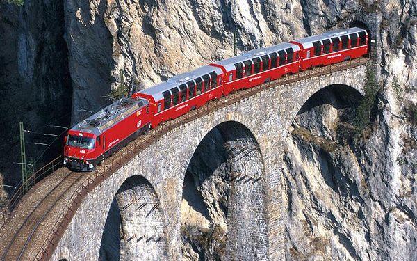Poznávací výlet po švýcarských Alpách pro JEDNOHO s vlakem Bernina Express