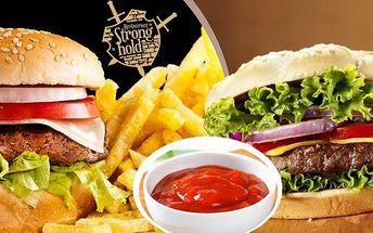 Dva hovězí burgery s pořádnou porcí hranolek a BBQ omáčkou v restauraci Stronghold. Navštivte podnik v rytířském stylu s akváriem plným piraní! Nechte na sebe dýchnout dávnou minulost zatímco si budete vychutnávat fantastické menu v americkém stylu!