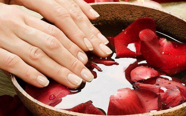 P-shine přírodní manikúra
