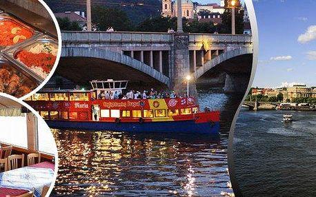 """Vyhlídková romantická plavba lodí po Vltavě, 1 - 3 hodiny plavby, na výběr plavba s rautem """"all you can eat"""" a živou hudbou. Užijte si romantickou plavbu Prahou s partnerem či rodinou a kochejte se krásou řeky a památkami jako jsou např. Karlův Most, Rudo"""