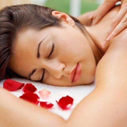 Luxusní relaxační masáže zad a šíje či celého těla dle vašeho výběru