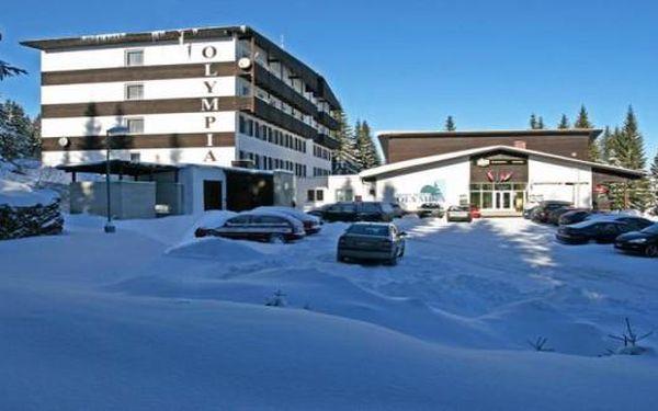 Zimní Šumava na Zadově: 4 dny s polopenzí ve Sporthotelu Olympia*** až do března 2016!