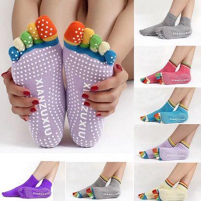 Antiskluzové ponožky na jógu