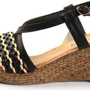 Dámské sandále na klínku May Black