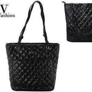 Módní kabelka Calvadi černá