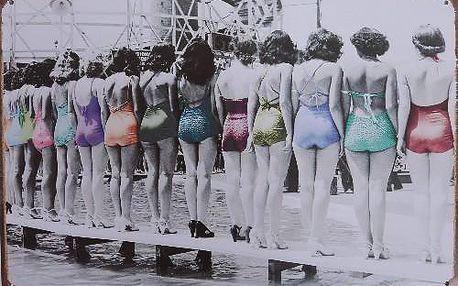 Plechová cedule na zeď ženy v plavkách