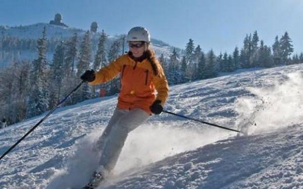 Šumava: Zimní lyžovačka na Lipně. 4 dny s polopenzí a Lipno Card do dubna v hotelu Swing